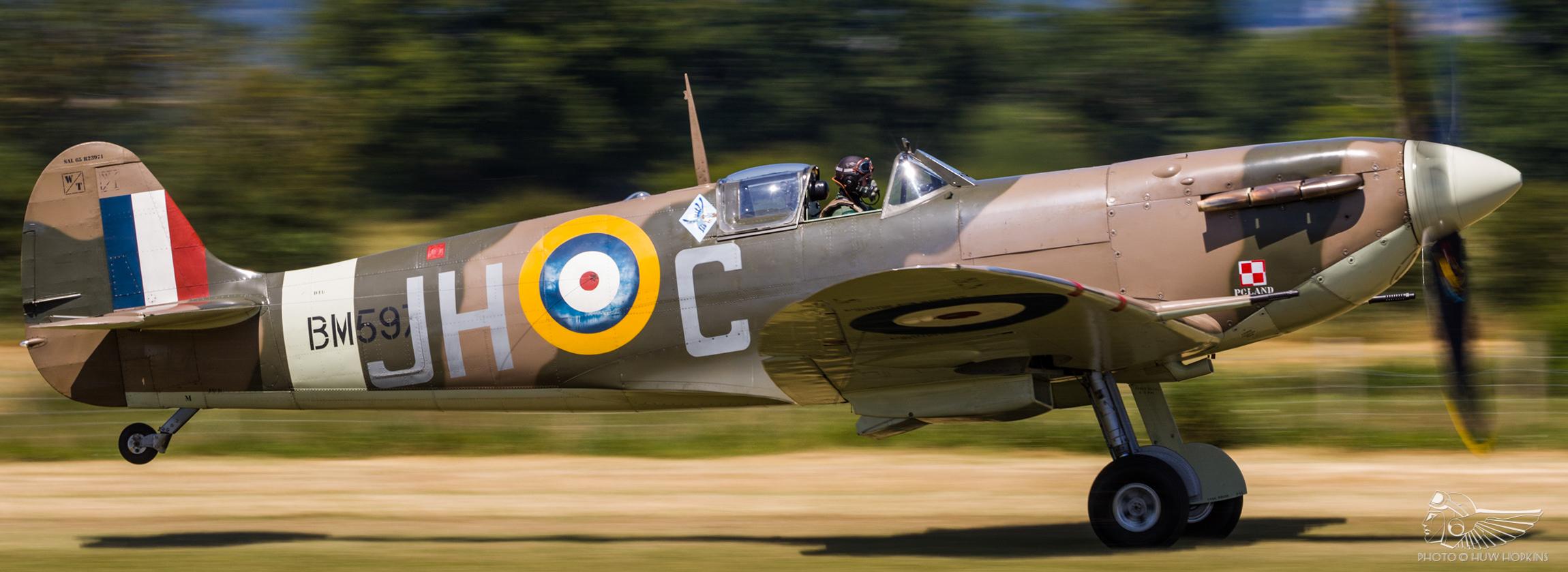 Aero Legends' Battle of Britain Airshow draws classics and warbirds to Headcorn