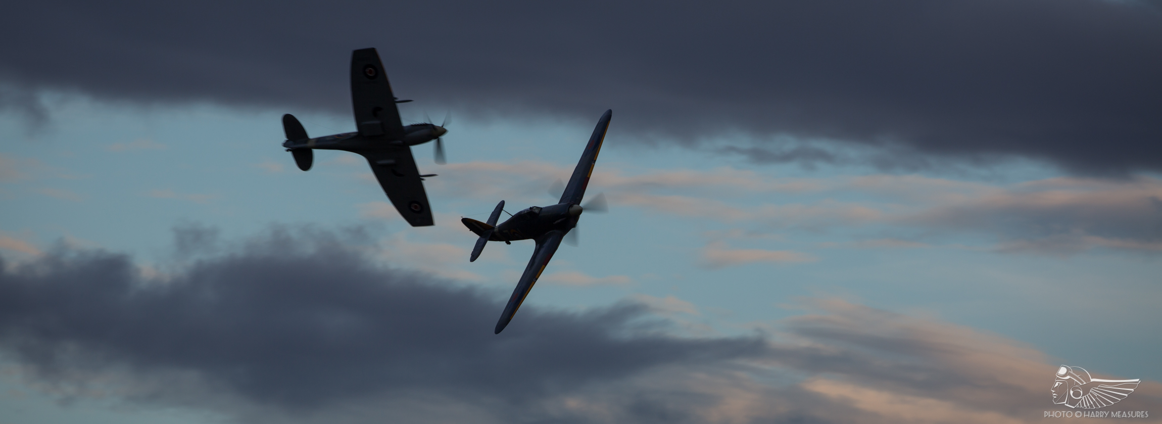 Shuttleworth makes history with world's first 'drive-in' airshow